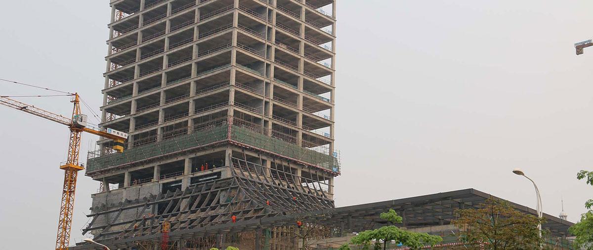 南宁市房产服务大厦高层钢结构工程