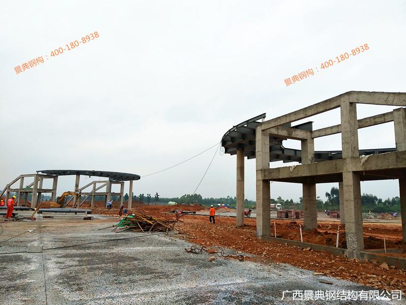 1、北大门钢梁吊装