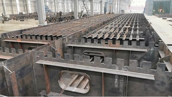 带你走进红河州建水(个旧)至元阳高速公路蚂蟥塘互通立交钢箱梁工程