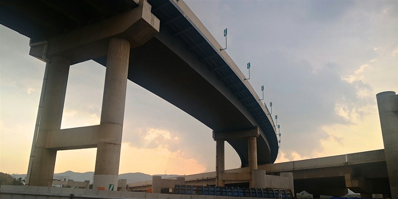 云南个旧钢结构桥梁